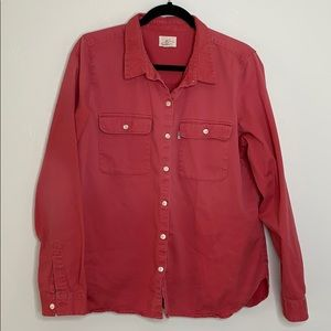 Levi's dusty pink button down shirt women's XL